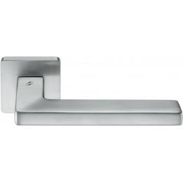 Дверная ручка на квадратном основании COLOMBO Esprit BT11RSB-CM матовый хром