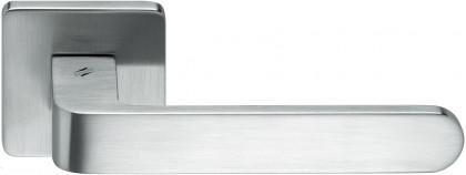 Дверная ручка на квадратном основании COLOMBO Fedra AC11RSB-CM матовый хром