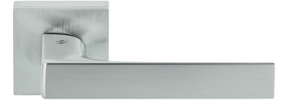 Дверная ручка на квадратном основании COLOMBO Robocinque S ID71RSB-CM матовый хром
